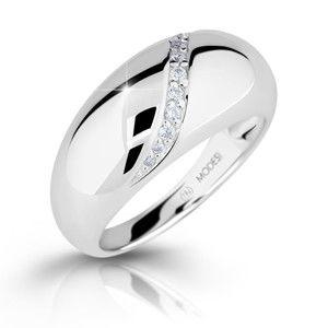 Modesi Nepřehlédnutelný stříbrný prsten se zirkony M16017 54 mm